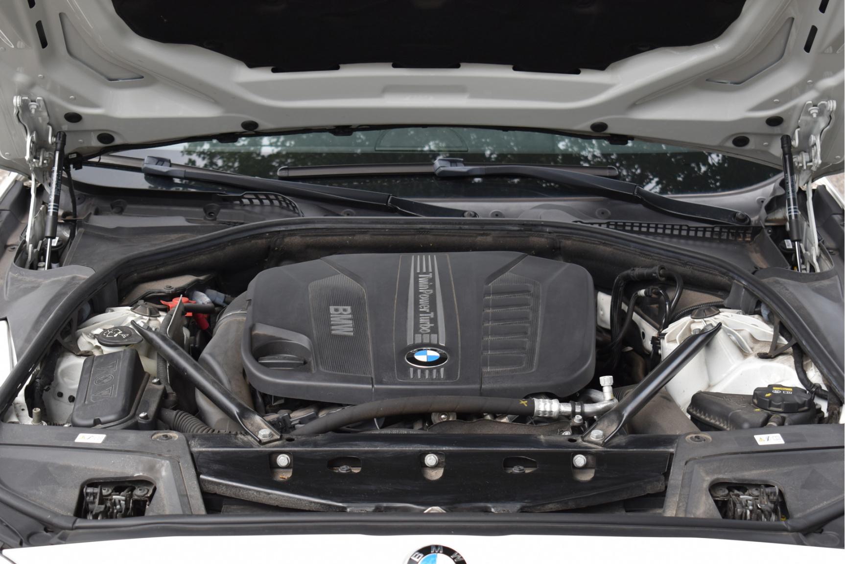 BMW-5 Serie-25