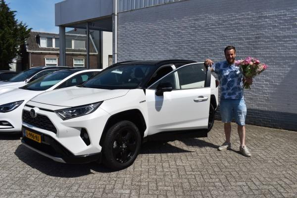 Aflevering Toyota RAV4 Hyrbide