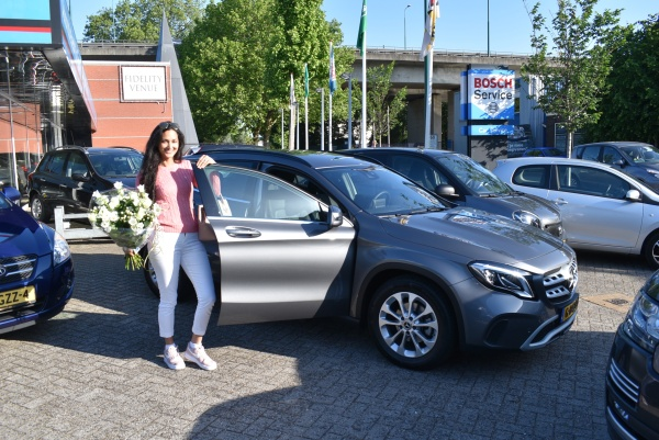 Aflevering Mercedes-Benz GLA