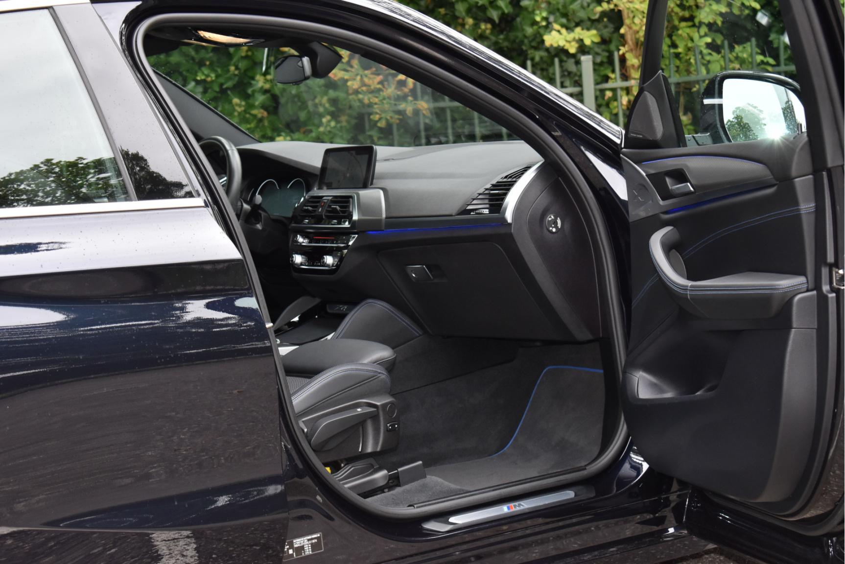 BMW-X4-31