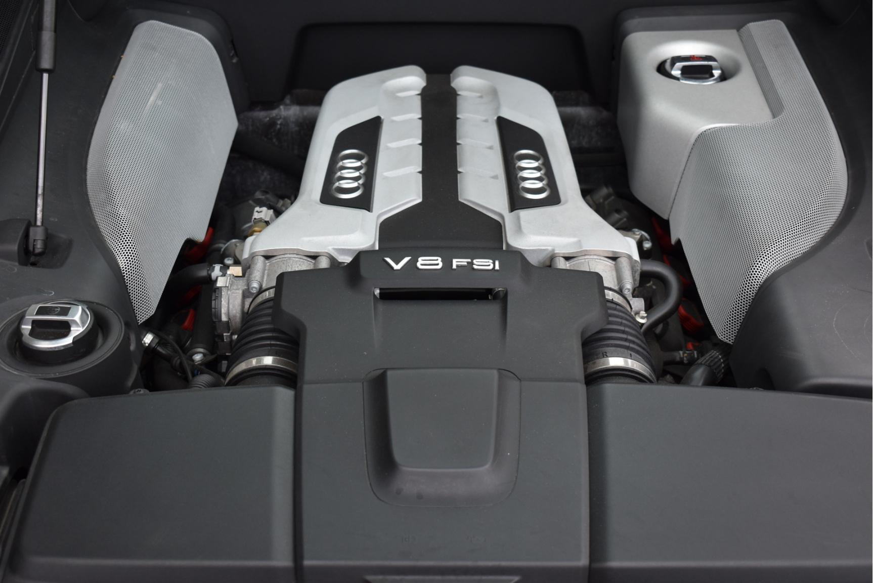 Audi-R8-36