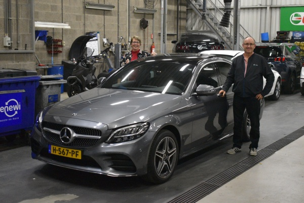 Aflevering Mercedes C200 automaat