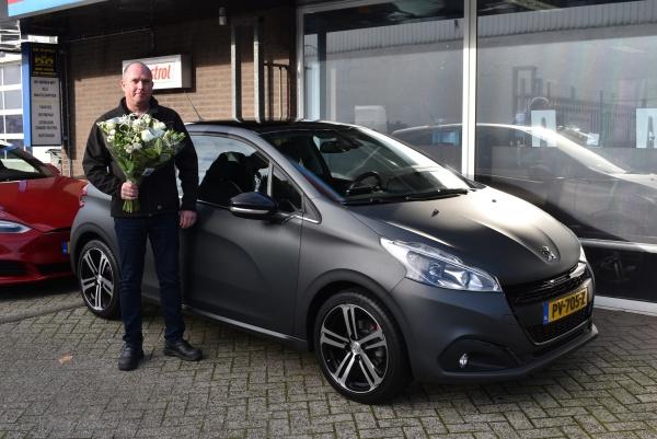 Aflevering Peugeot 208