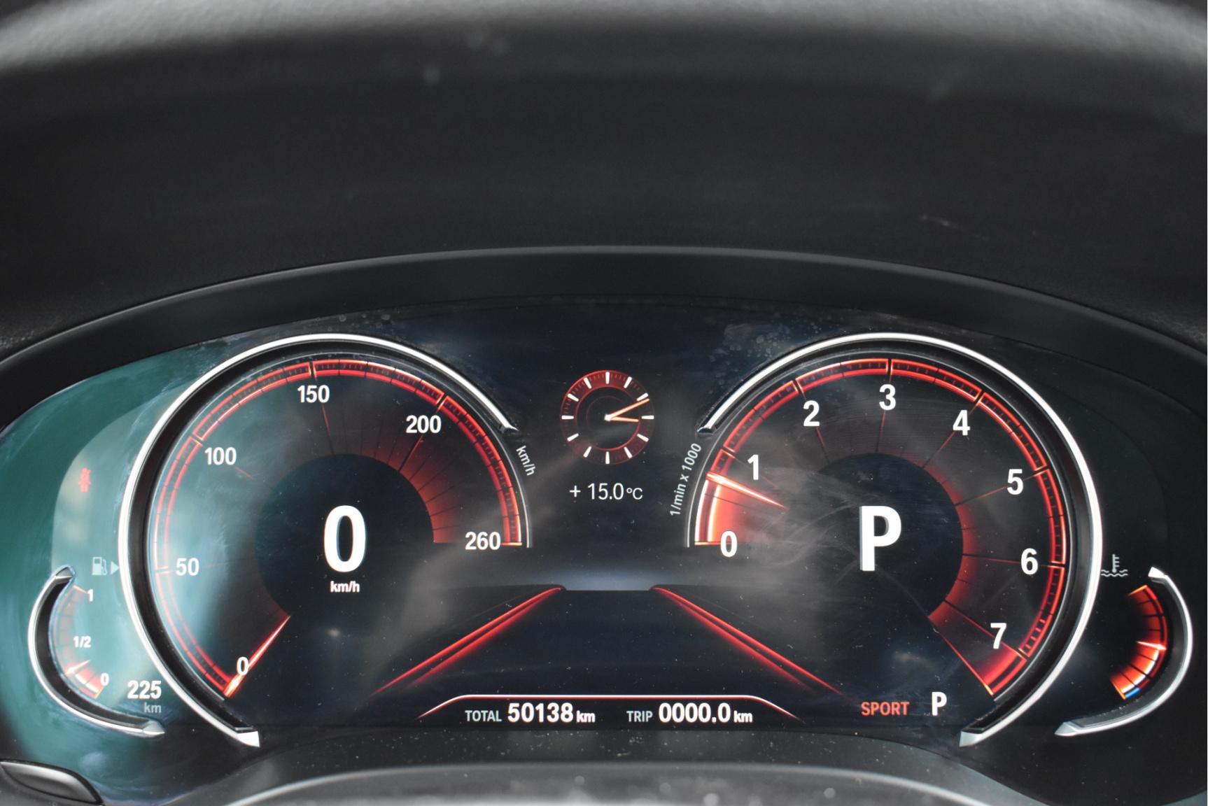 BMW-X4-7