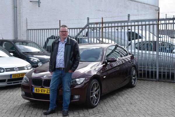 Aflevering BMW 325i coupé
