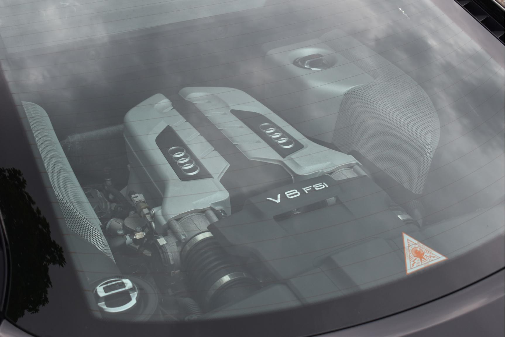 Audi-R8-34