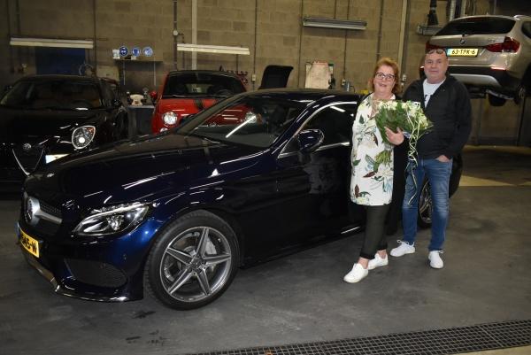 Aflevering van de Mercedes-Benz C COUPE